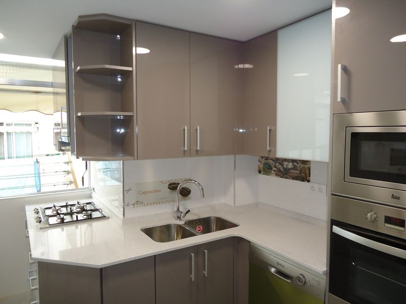 Nuestros trabajos quesada mobles de cuina i bany - Cocinas tarragona ...