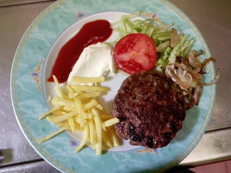 Hamburguesa amb patates