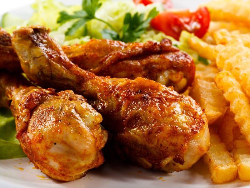 Pollo con patatas Kebab en cambrils
