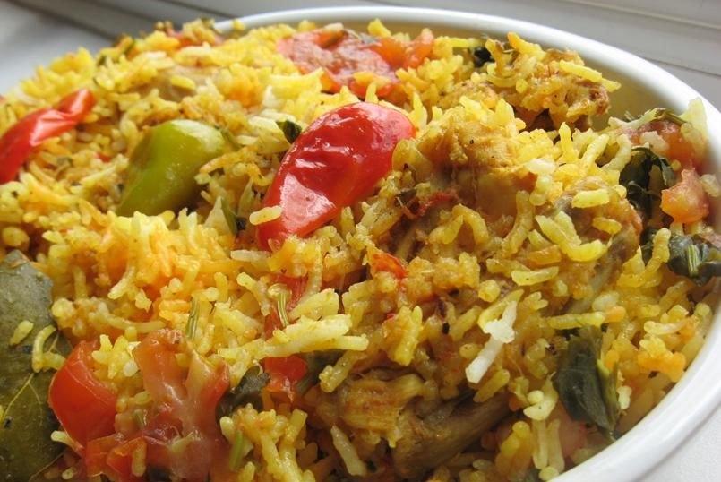 Biryani (paella pakistani de pollo)