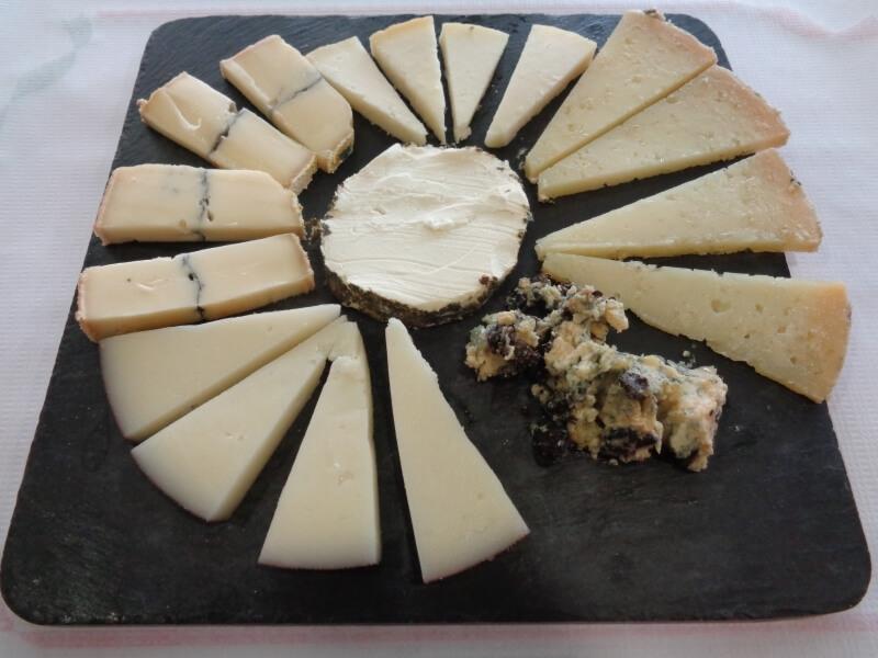 Surtido de quesos en Reus