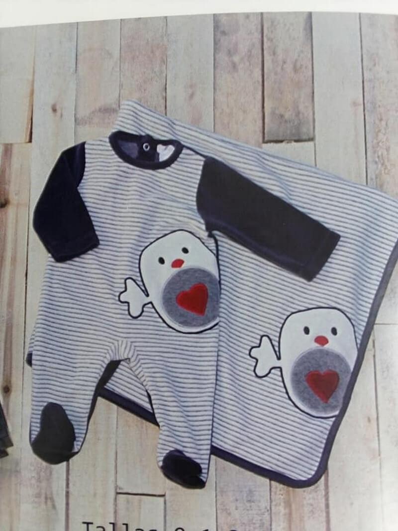 Pijama de bebe  reus